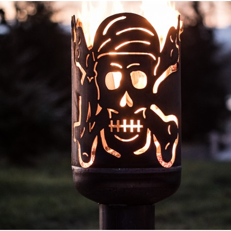 Terrassenofen Pirat Totenkopf mit Säbel