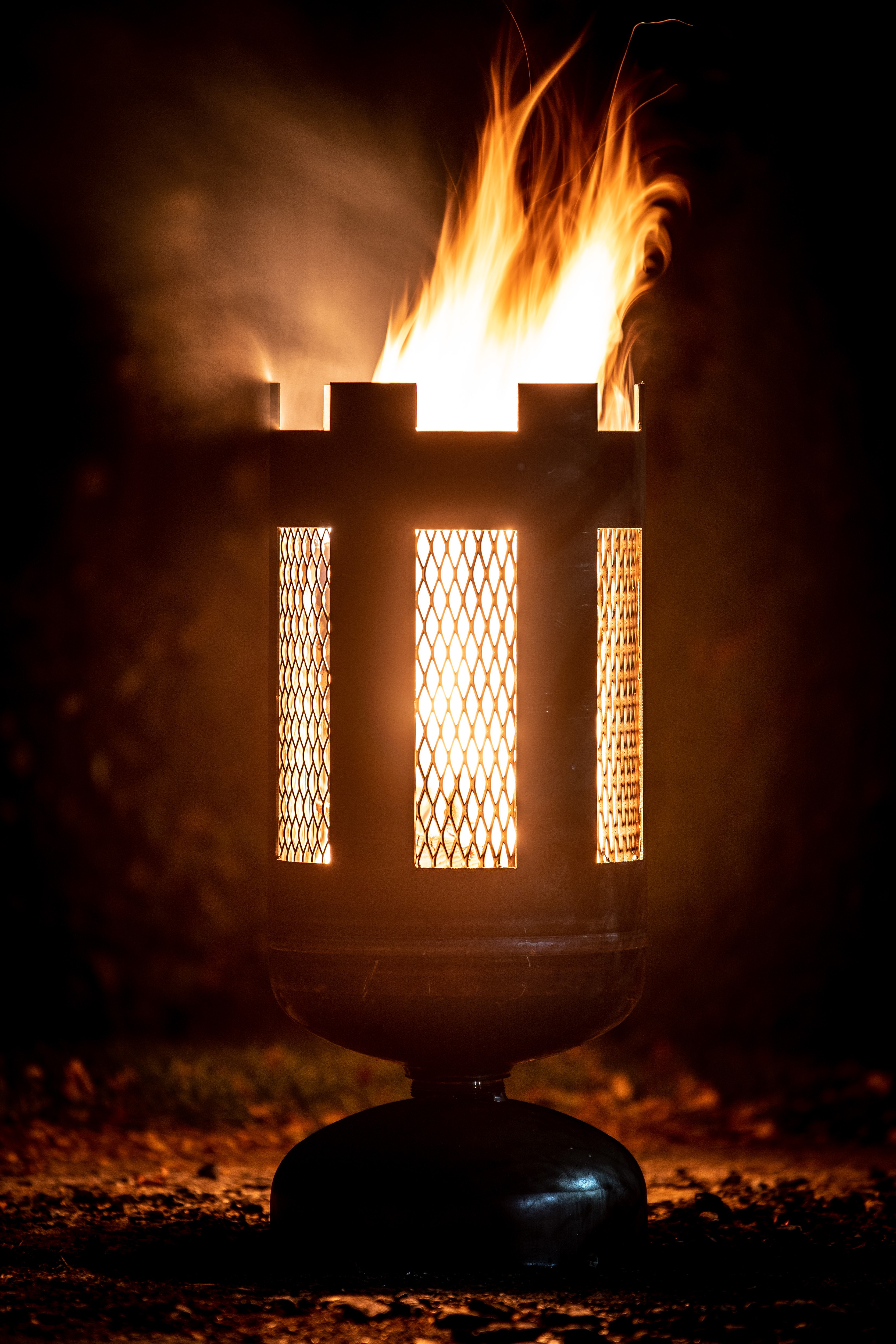 kleiner feuerkorb streckmet hergestellt aus einer gasflasche jmfeuer